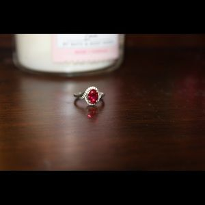 Red Kay Jewelers Ring size: 6